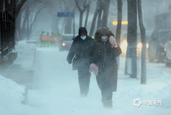 """暴雪来袭! 小心,下雪并非""""浪漫""""那么简单"""