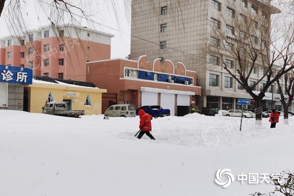雨雪+降溫!內蒙古今日赤峰等地有中雪 大部最高氣溫跌破冰點