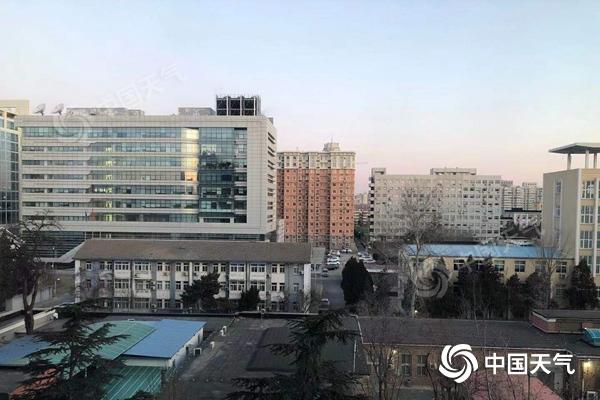 0℃!北京今天最高气温跌至冰点 北风呼啸阵风六级左右