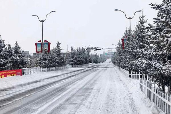 強冷空氣來襲 明天起中東部再現雨雪