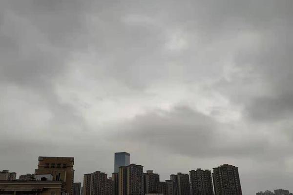 南方首轮大范围对流天气来袭 江南等地有暴雨