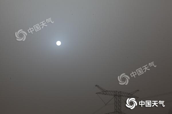 沙尘南下至【淮河】一线 长江中下游雨势增强局地【暴雨】