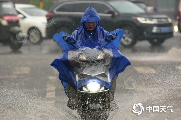 南方大部雨水不停歇 北方多地气温继续下跌