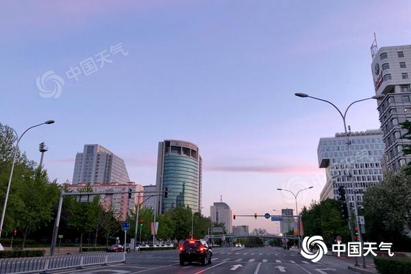 沙尘远离北京天气转好 今天最高气温23℃仍需防风