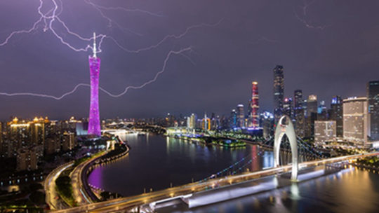 华南强降雨持续 华北东北雷阵雨频繁