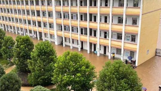 長江中下游有強降雨 安徽等地暴雨持續