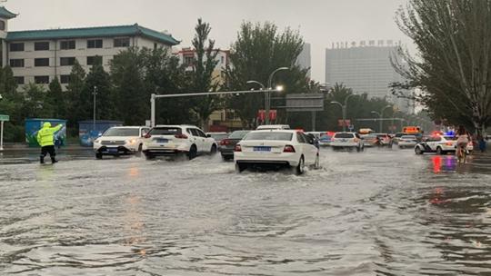 北方雨水東移局地有暴雨 江南華南天氣悶熱
