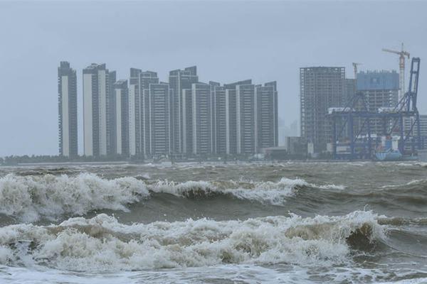 双台风影响华南 中东部大部迎明显降温