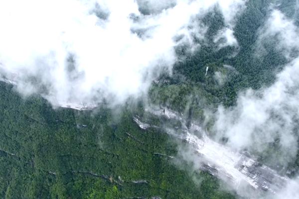 養生天堂:彭水摩圍山