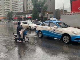 雨水送清凉 甘肃兰州未来四天仍有雨