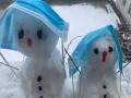 内蒙古下雪了 一组图看形态各异的雪人
