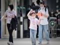 北京氣溫飆升至24℃體感微熱 街頭行人換上短袖