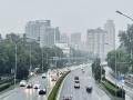 北京今晨道路湿滑轻雾相伴 早高峰注意交通安全