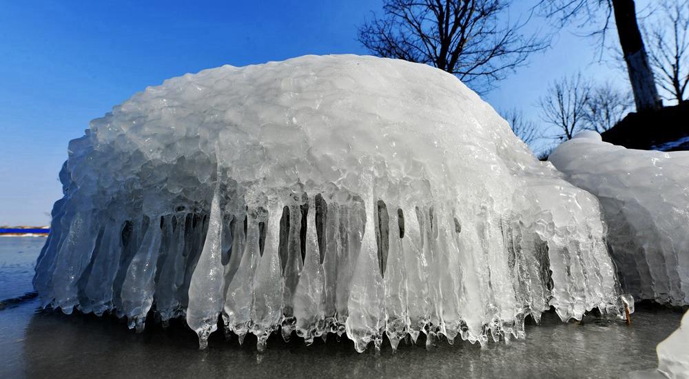 一组图带你看极寒天气下的独特景观