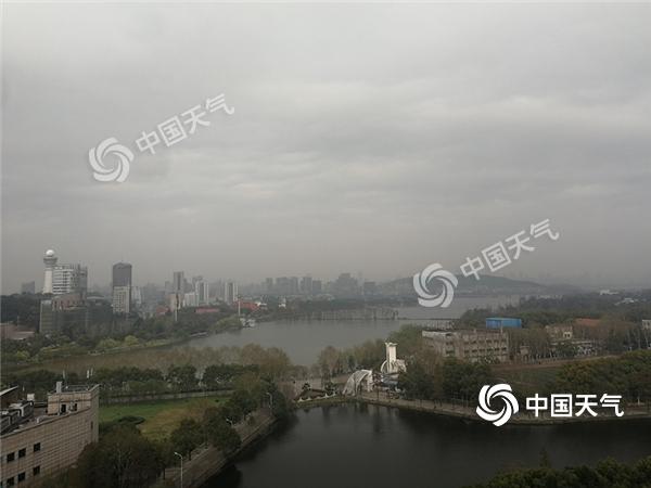 湖北今明两天气温双连跳 武汉降幅达14℃