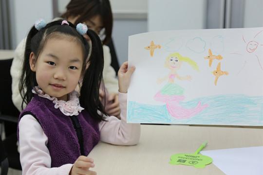 世界气象日 小朋友们南京北极阁里画天气