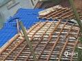 4月10日下午5点左右,广西来宾市忻城县的新圩、古蓬、红渡等乡镇先后被大风冰雹袭击。冰雹最大直径4厘米,持续时间最长的约8分钟,古蓬镇枝林村、内联村的房屋房顶被掀、瓦片被吹落。(文/刘国平 图/受灾地区乡镇长、村长等提供)