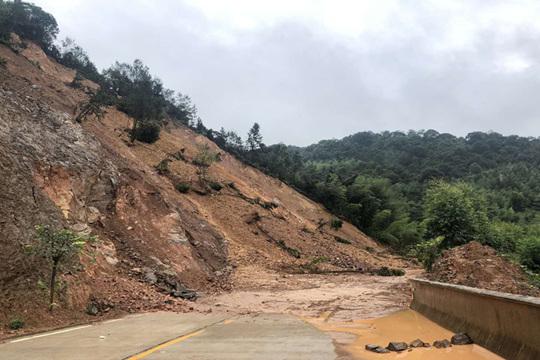 特大暴雨袭击福建龙岩!多地出现洪水滑坡险情