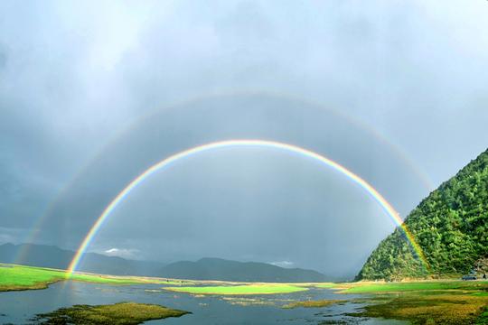 美到窒息双彩虹 只有足够幸运的人才能看到