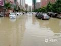 中国天气网讯 9日08时到10日08时,广东揭阳遭遇强降水天气,普宁气象局录得全市最大雨量199.8毫米,部分地区出现水浸现象,市民出行不便。(文/吴羽翔 拍摄/普宁电视台)