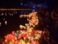广西资源:万盏河灯漂资江 河灯歌节吸引八方游客