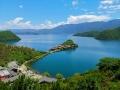 蓝的纯粹 泸沽湖水天一色处处皆风景
