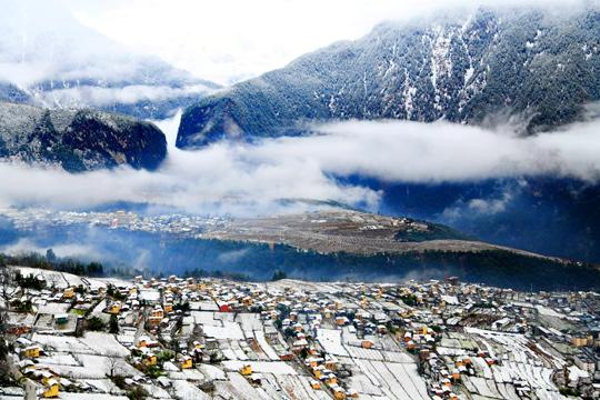 云南怒江第一湾雪景竟然这么美