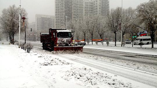 新一轮雨雪抵达辽宁 东北部雪势猛烈