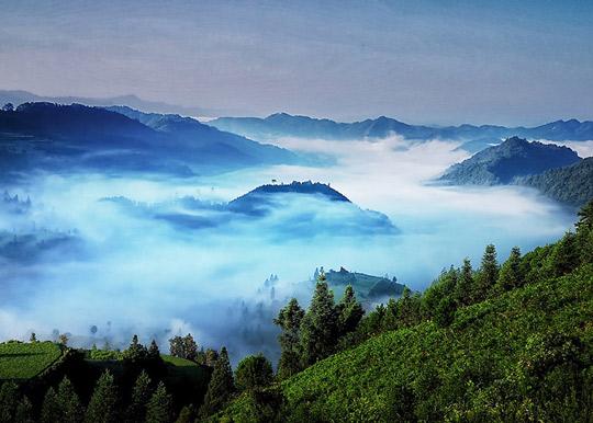 贵州剑河云雾漫山  姿态万千如梦似幻