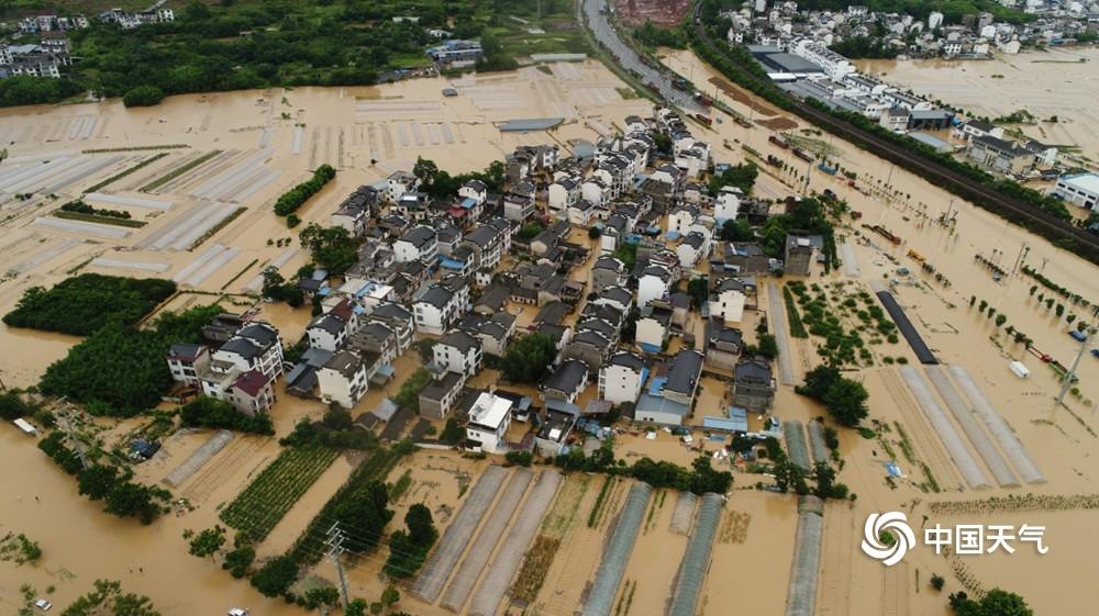 歙县遭遇强降雨出行困难高考语文延期