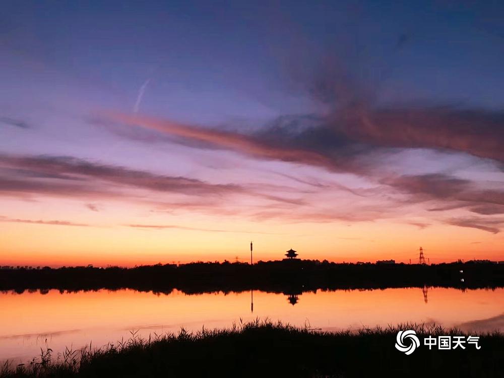 惠灵顿天气_天津:梦幻!粉紫色晚霞晕染天空-图片频道-中国天气网