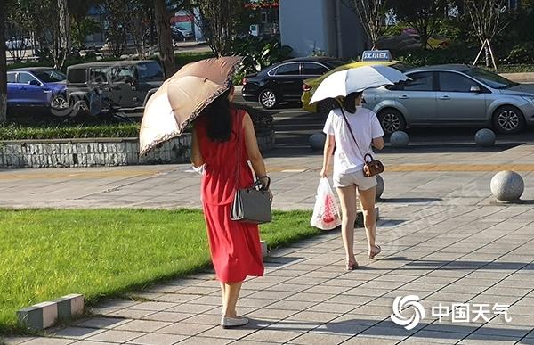 昨日重庆首破40℃大关!未来三天重庆持续冲高至41℃