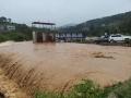 云南文山遭遇强降水 多地出现内涝汽车被淹