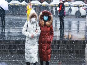 """貴陽迎降雪 鏡頭記錄下的""""雪中人雪中景"""""""