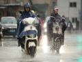 江西強對流天氣頻發 南昌道路積水影響出行