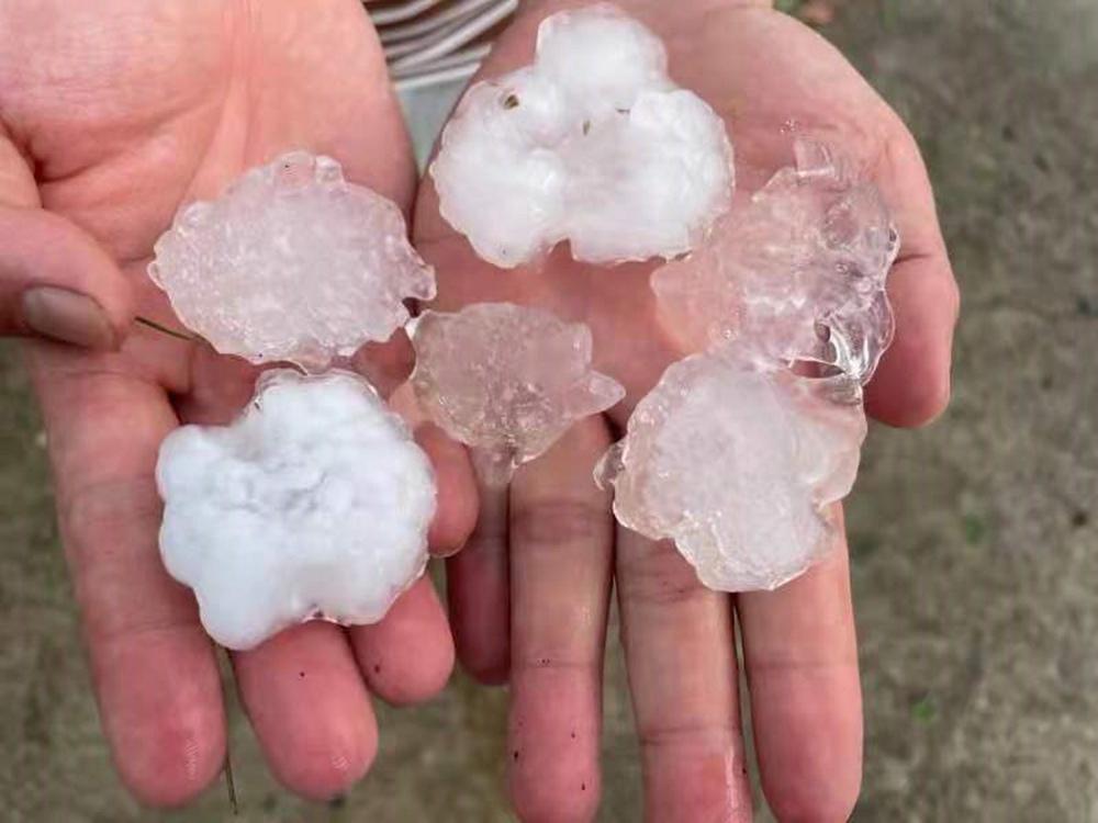 江西多地遭遇强对流天气 雷电暴雨冰雹大风齐袭