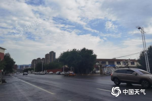 内蒙古大范围降雨来袭 呼伦贝尔市局地出现暴雨