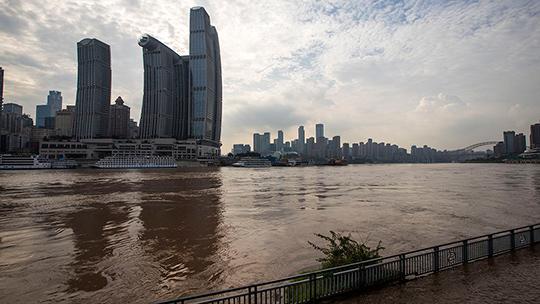 现场直击重庆今年入汛以来最大洪水过境