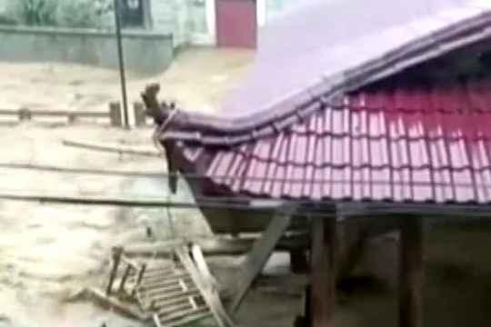 福建南平顺昌县暴雨后多地遭遇洪灾