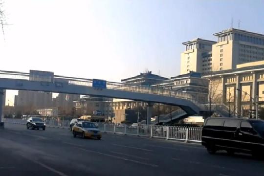 北京雨雪稀少 周末或有霾来扰