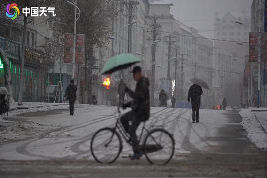 东北将再迎强降雪 需防范积雪影响交通