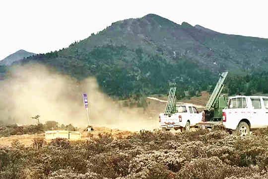 四川凉山州多地开展人工增雨作业 降低森林火险气象等级