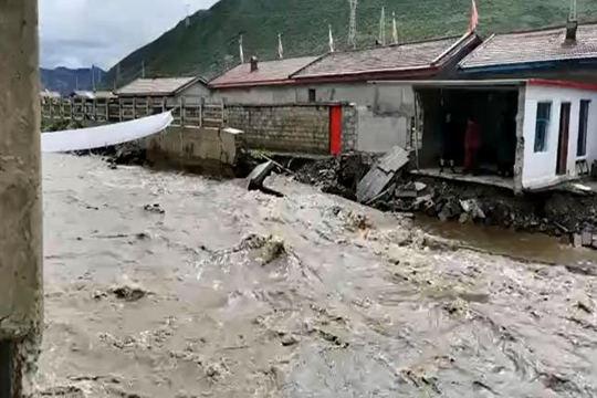 青海:強降水致久治縣出現洪澇災害