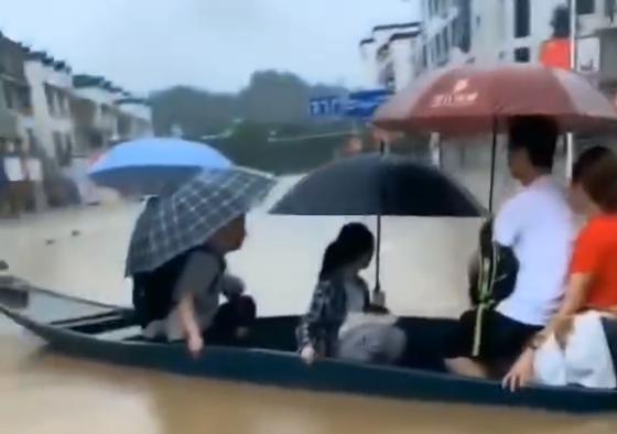安徽歙县高考语文因强降雨延期