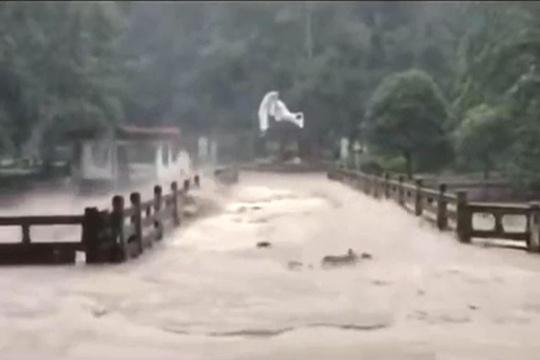 强降雨致福建武夷山景区全面闭园
