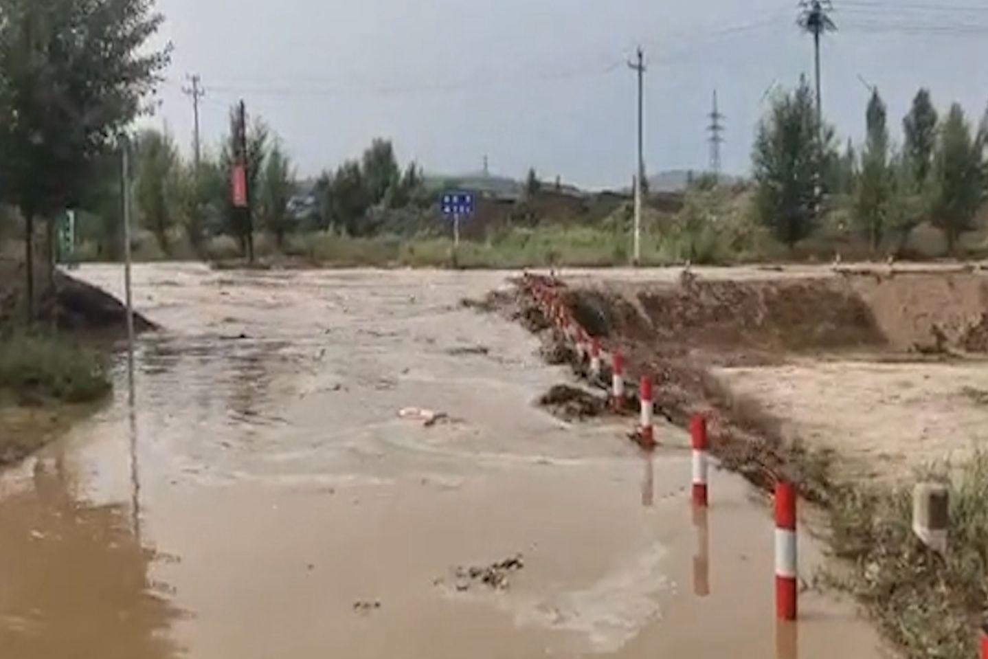 内蒙古敖汉旗遭遇短时强降水