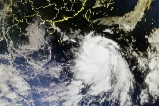 """星眼看地球:臺風""""莫拉菲""""進入南海"""