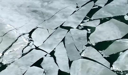 青海湖90%湖面解冻 这景致不想看看?