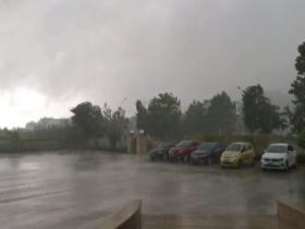 山東遭遇強對流 風大雨急伴隨雷暴