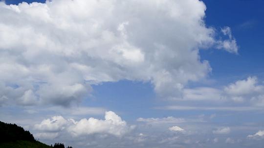 我的天空:云海涌動 如大氣的潮汐